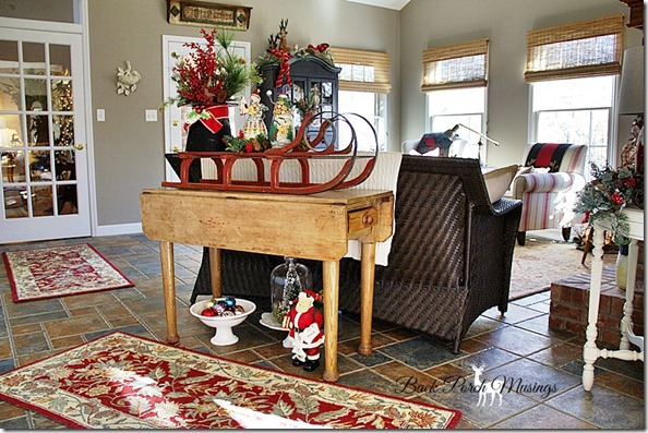 farmhousechristmas700a37