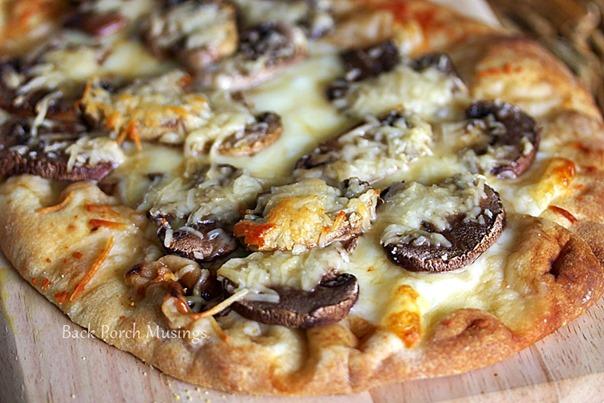 PizzaTable19